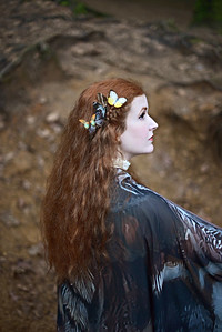 Photographer : Jennifer Ilene Model: Grace Nuth Cape: El Costurero Real