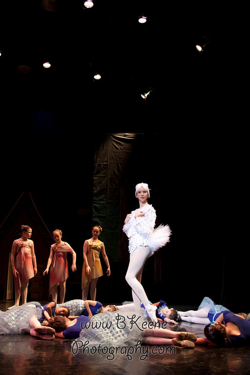 DRESSR_APRIL_BALLET SPRING2011_BK-512