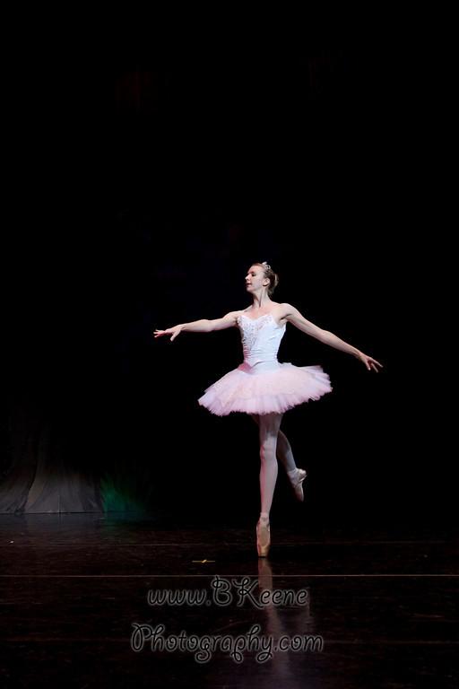 DRESSR_APRIL_BALLET SPRING2011_BK-563
