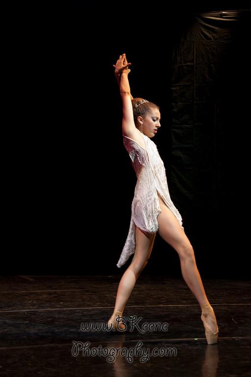 DRESSR_APRIL_BALLET SPRING2011_BK-547