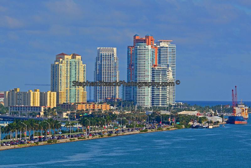 Skyline fom Miami, Florida ship canal.