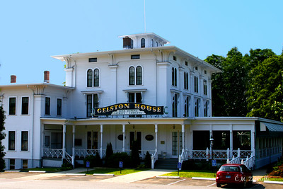 The Gelston House Resturaunt, Bar, Hotel, across from The Goodspeed Opera House. Haddam Ct.