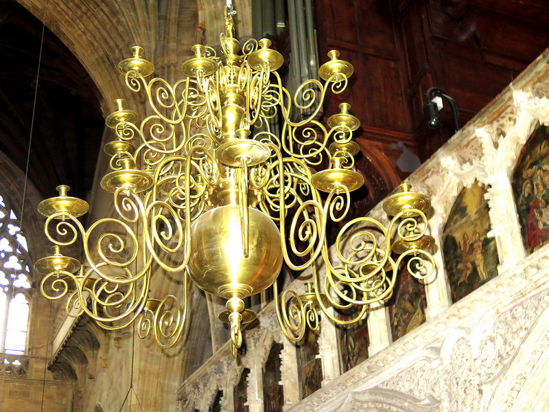 30 Dec 2016 - One of the many intricate candle chandeliers