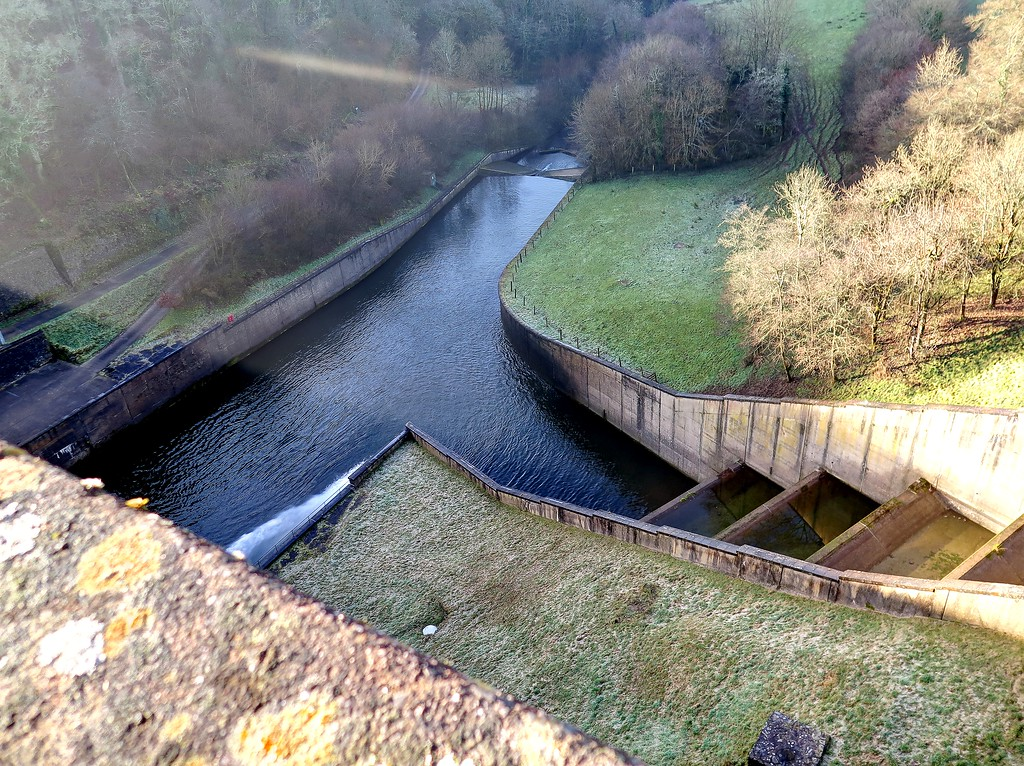 28 Dec 2016 - The spillway