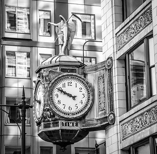 Clock Chicago