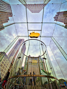 The Apple Store 5th Avenue