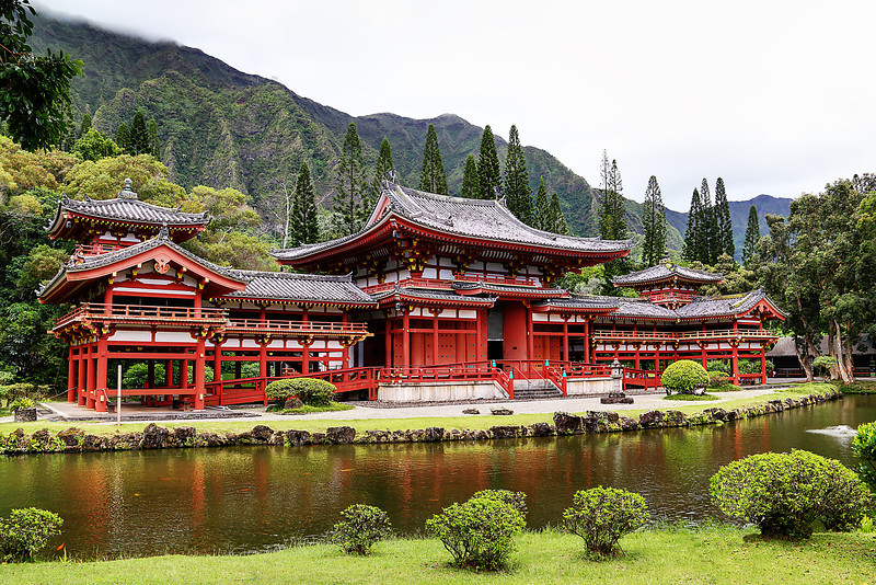 Byodo-in Temple at Valley Of The Temples - Oahu, HI