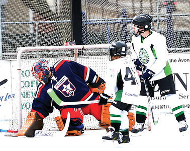 AVON AVON POND ICE HOCKEY