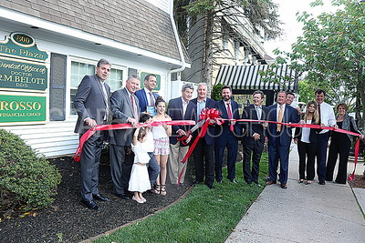 SG Rosso Financial Group Ribbon Cutting