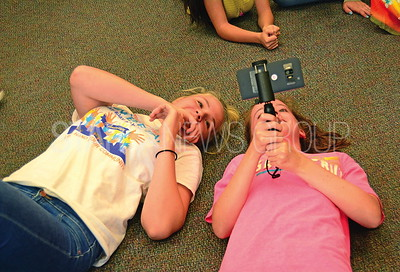 madeline orowski and fiona reilly checing out the many angles on googles expedition program.