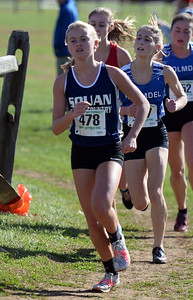 FEMALE MANASQUAN HIGH SCHOOL RUNNER IN NJSIAA XCOUNTRY SECTIONAL MEET IN MONROE TOWNSHIP, NEW JERSEY ON 11/03/2018. (STEVE WEXLER/THE COAST STAR).