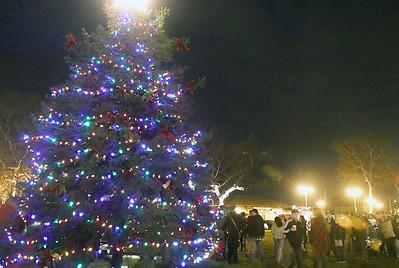 The town tree lighting in Bradley Beach, NJ on 11/25/18. [DANIELLA HEMINGHAUS | THE COAST STAR]