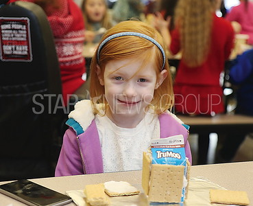 avon gingerbread making// Maeve Skinner Kindergarten