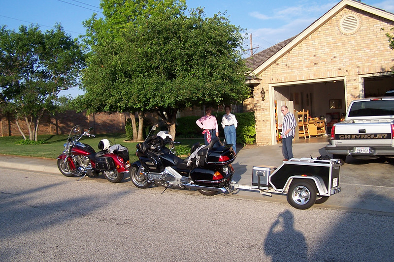 Suzi's parents place in Amarillo for the night.