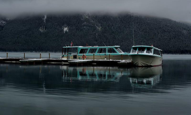 Tour Boats, Lake Minnewanka, AB