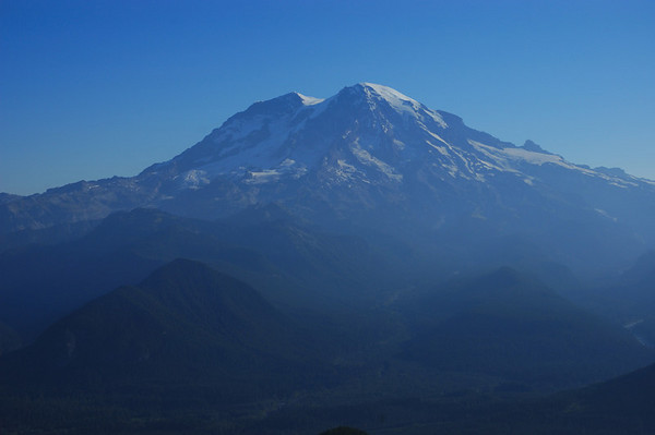 Mt Rainier from the lookout.