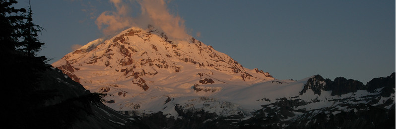Mt Rainier viewed from Eagles Roost. This spot is located about a mile down the Spray Park trail.