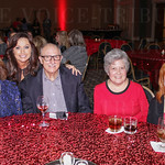 Carolyn, Latonia and Ken Isenberg, Linda Kleiber and Sharon Horn.