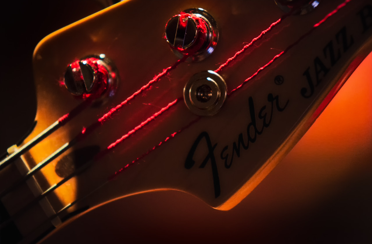 Fender headstock
