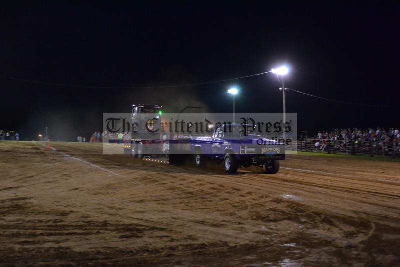 truck pull 4