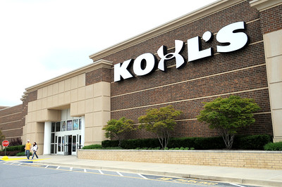 Solar panels on the roof of the Kohls store at1324 Londontown Blvd in Eldersburg, MD. 5-6-09  Maximilian Franz\The Daily Record.