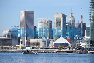 Domino Port ship skyline009MF