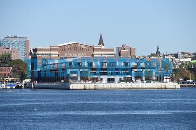 Domino Port ship skyline011MF