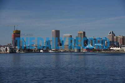 Domino Port ship skyline006MF