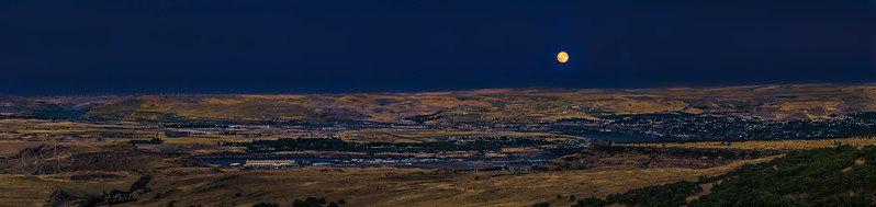 The Gorge from Wishram to Google's farm under a Blue Moon