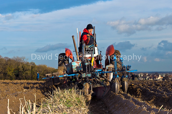 D R S 3 IN -Classic Tractorm March 2015-2
