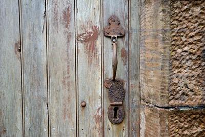 Locks & Handles 17
