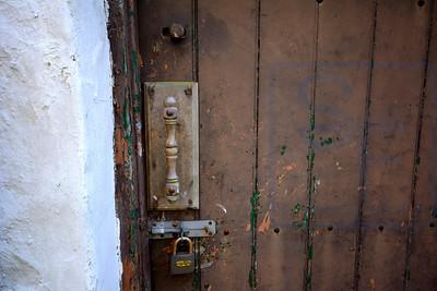 Locks & Handles 18
