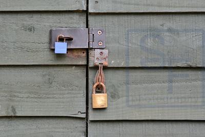 Locks & Handles 16