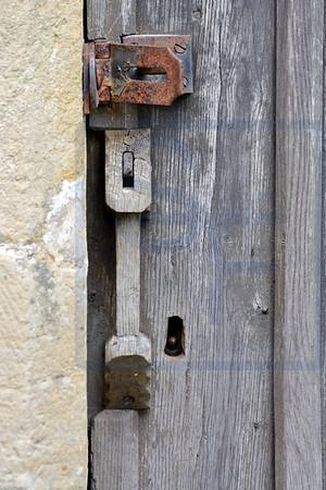 Locks & Handles 15