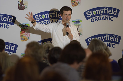 TIM JEAN/Staff photo  Democratic presidential candidate Pete Buttigieg speaks to workers during a campaign stop at Stonyfield Yogurt in Londonderry, NH.   4/19/19