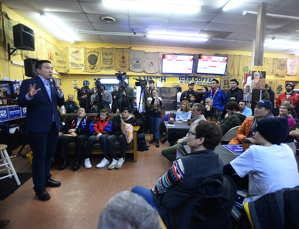 CARL RUSSO/Staff photo. Democratic presidential candidate Andrew Yang hosts a town hall meeting at Coffee Coffee in Salem. 12/30/2019