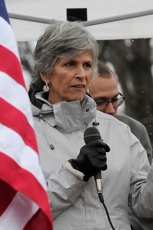 TIM JEAN/Staff photo <br /> <br /> Marlene Yeo, Pastor at Community Christian Fellowship Ministries of Haverhill leads the group in the opening prayer during the Wreaths Across America remembrance day in Haverhill's Hilldale Cemetery.       12/14/19