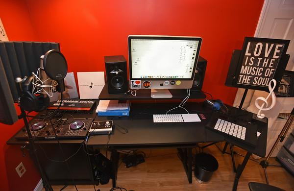 RYAN HUTTON/ Staff photo <br /> The recording studio in the basement of Juliana Cervizzi's Reading home.