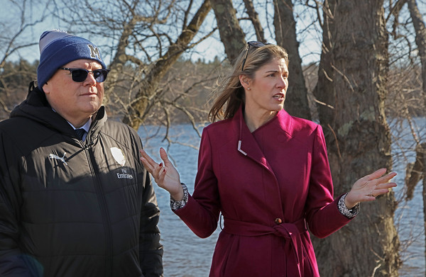 MIKE SPRINGER/Staff photo<br /> Methuen Mayor Neil Perry and Congresswoman Lori Trahan discuss plans for improvements during a visit Wednesday to the Raymond J. Martin Riverside Park on the Merrimack River in Methuen.<br /> 2/19/2020