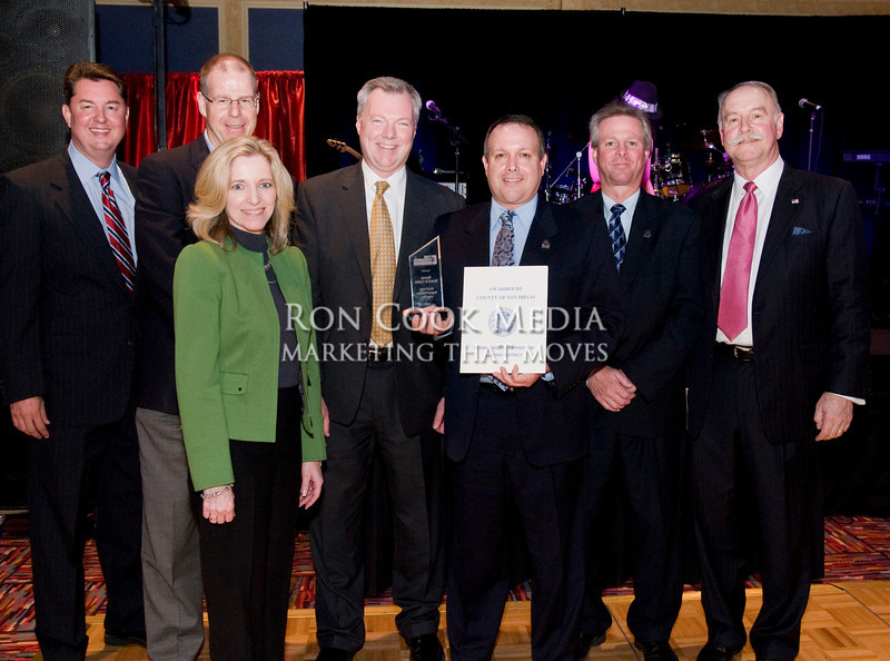 CEO Mike Cully and Chairman of the Board Roger Roberts with the team from Barona Resort and Casino, winner of East County Regional Business of the Year