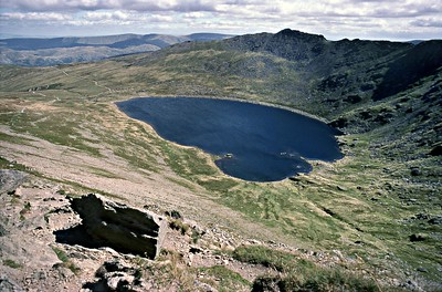 Helvellyn : SwirralEdge : Looking Down On RedTarn