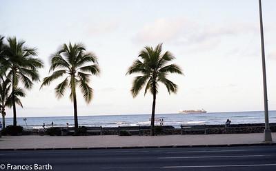 Oahu_Waikiki_1981
