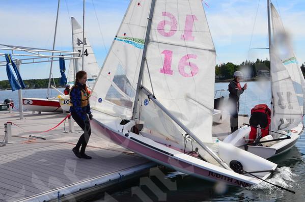 High School team sailing races