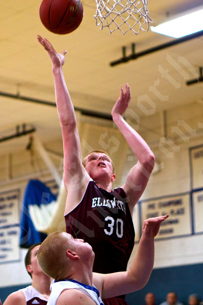 Boys' basketball: Sumner vs. Ellsworth 1/30/2015