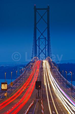 LDE_06 Night-time, Forth Road Bridge