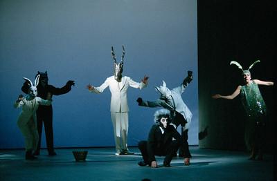 Françoise Gillard (Hare), Christian Blanc (Wolf), Charles Chemin (Stag), Nicolas Lormeau (Monkey), Gérard Giroudon (Donkey), Coraly Zahonero (Cicada)
