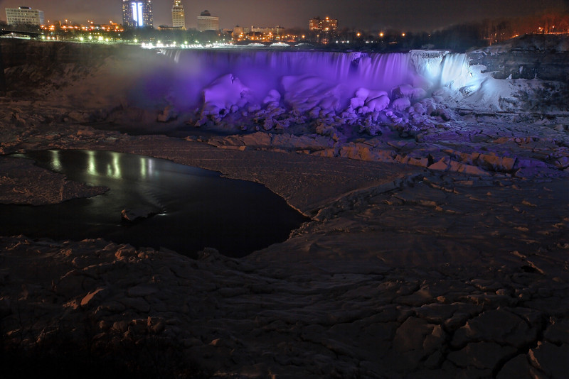 Image #6385<br /> The American Falls as viewed from Canada.