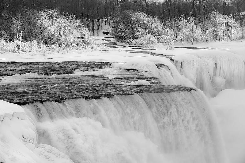 Image #9565<br /> Record setting below zero temperatures created a frozen winter wonderland.  Taken in February 2015.
