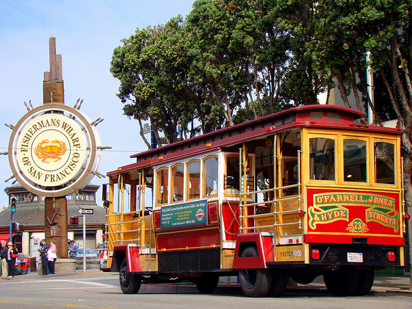 The entrance to Fisherman's warf in San Francisco.