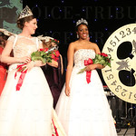 2014 Kentucky Derby Festival Queen Julia Springate looked at the 2015 Kentucky Derby Festival Queen Briana Lathon.